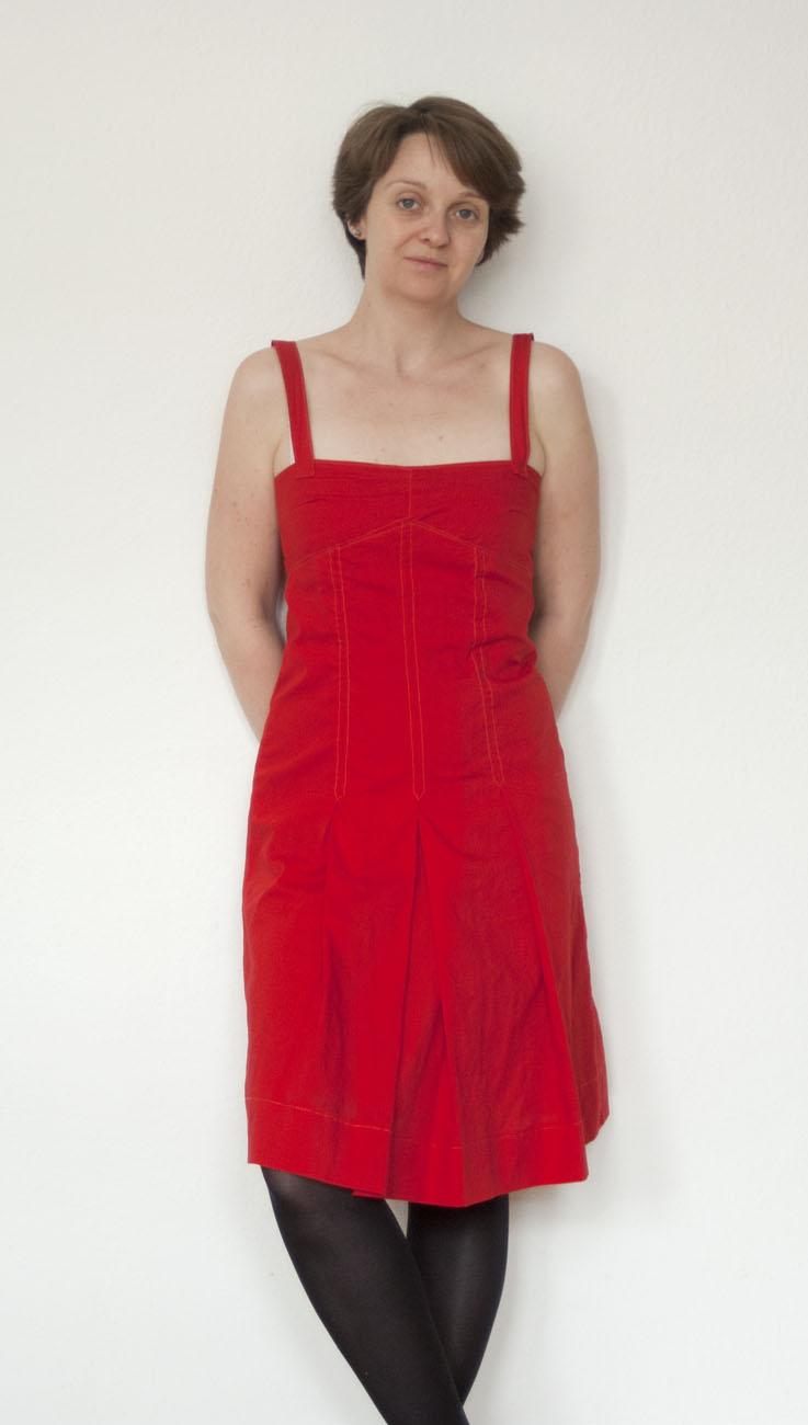 me made mittwoch das rote kleid marja katz. Black Bedroom Furniture Sets. Home Design Ideas