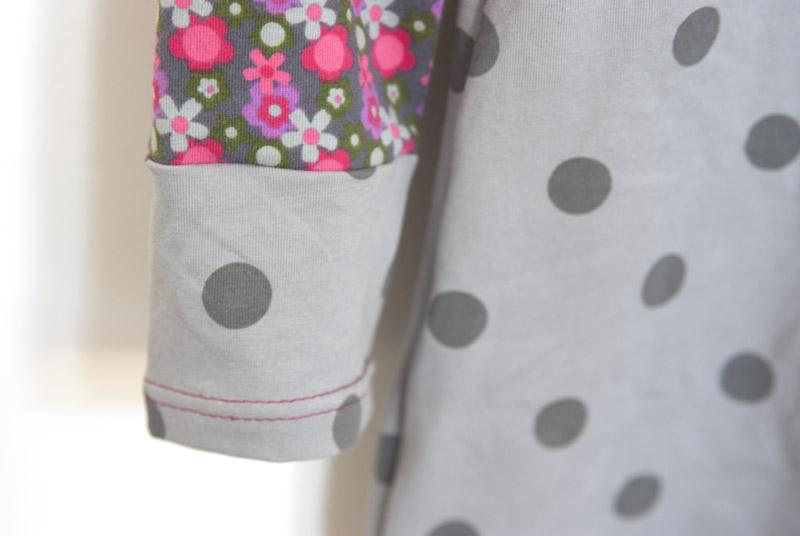 Ärmelabschluss an Jerseykleid