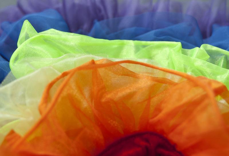 Regenbogen-Rock für Karneval