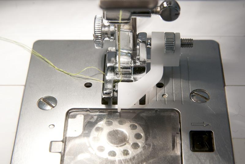 Blindsaum mit der Nähmaschine - Richtige Nadelposition
