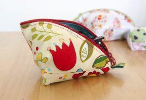 Nähanleitung für eine kleine Tasche - Freebook Lola